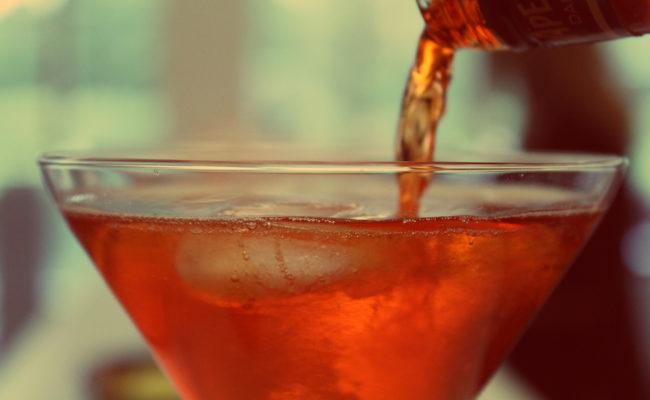 Hochzeits-Cocktails: Rezept-Ideen für Signature Drinks