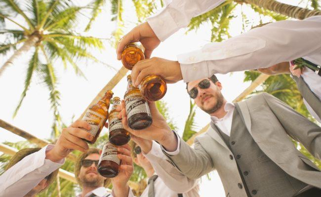 Hochzeit bei Hitze feiern: 1 coole Tipps für eine Sommer-Hochzeit