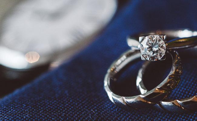 Hochzeitsschmuck 2021: Die Trends und Must-Haves für die Braut